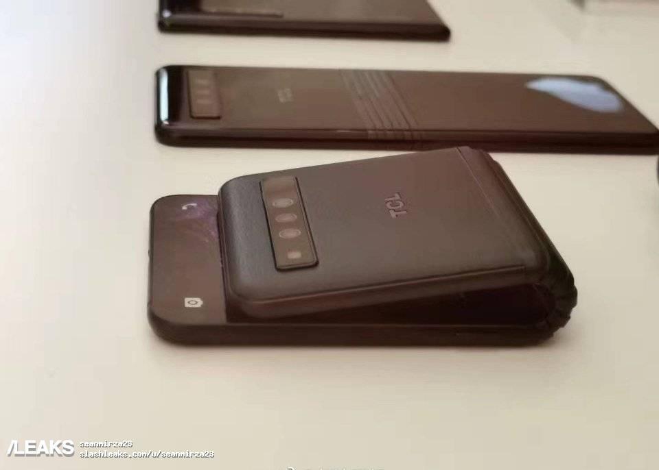 img Alcatel Foldable Smartphone's prototype leaked by evleaks