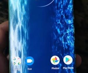 Motorola Edge Hands-On Photos