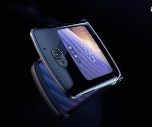 Motorola RAZR 5G Commercial Video