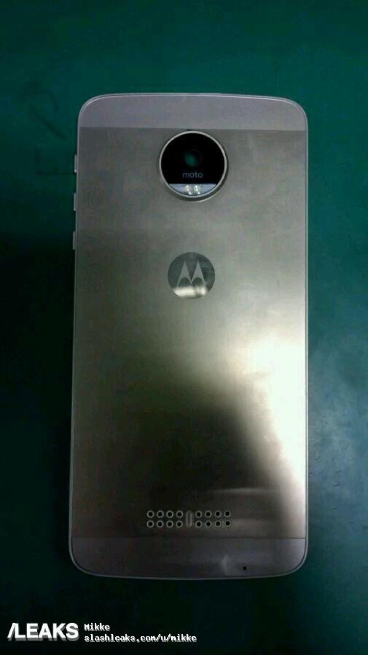 img Alleged all metal Moto X (2016) prototype pics [UPDATED: Moto Z]
