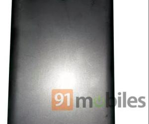 Samsung Galaxy M20 case leaked