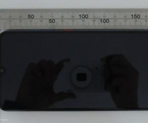 ZTE V10 VITA Images VIA FCC